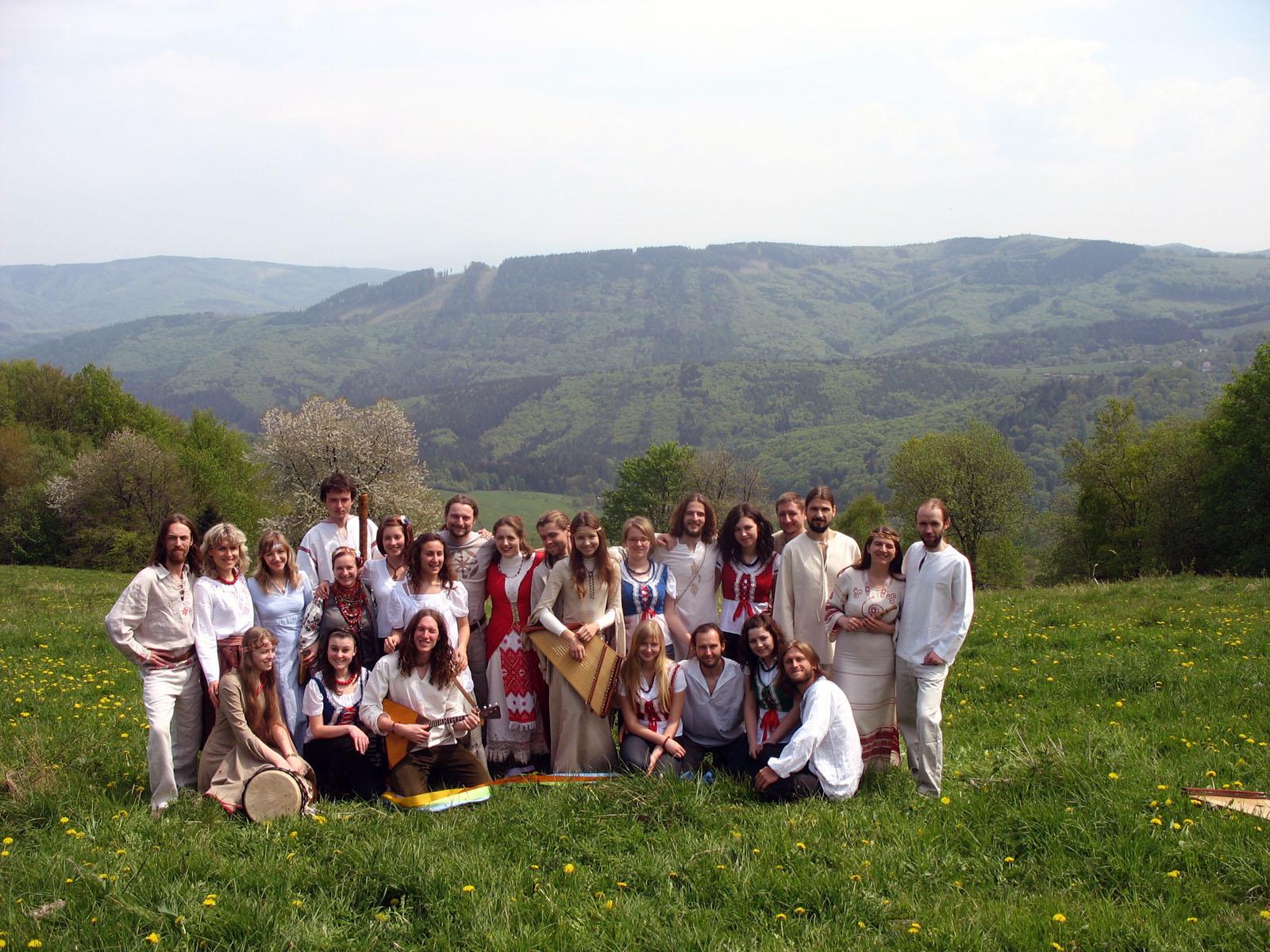 Учасники в Україні